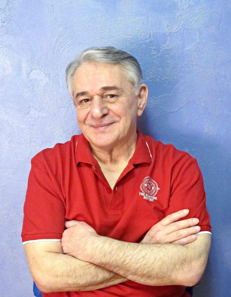 Портрет на фоне неба - Хасай Алиев, автор Метода Ключ.