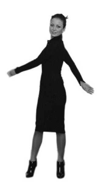 Девушка делает Ключ упражнение Шалтай-Болтай