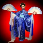 Китайский танец с веерами