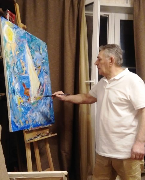 Хасай Алиев пишет картину